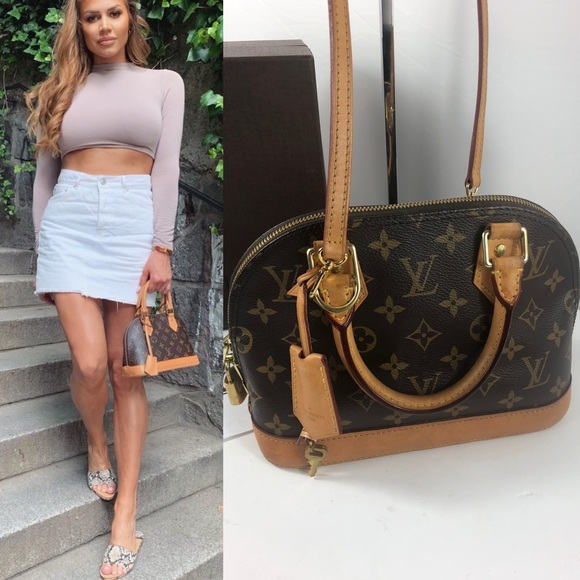 Louis Vuitton Handbags - 💞adorable alma bb Louis Vuitton Bag